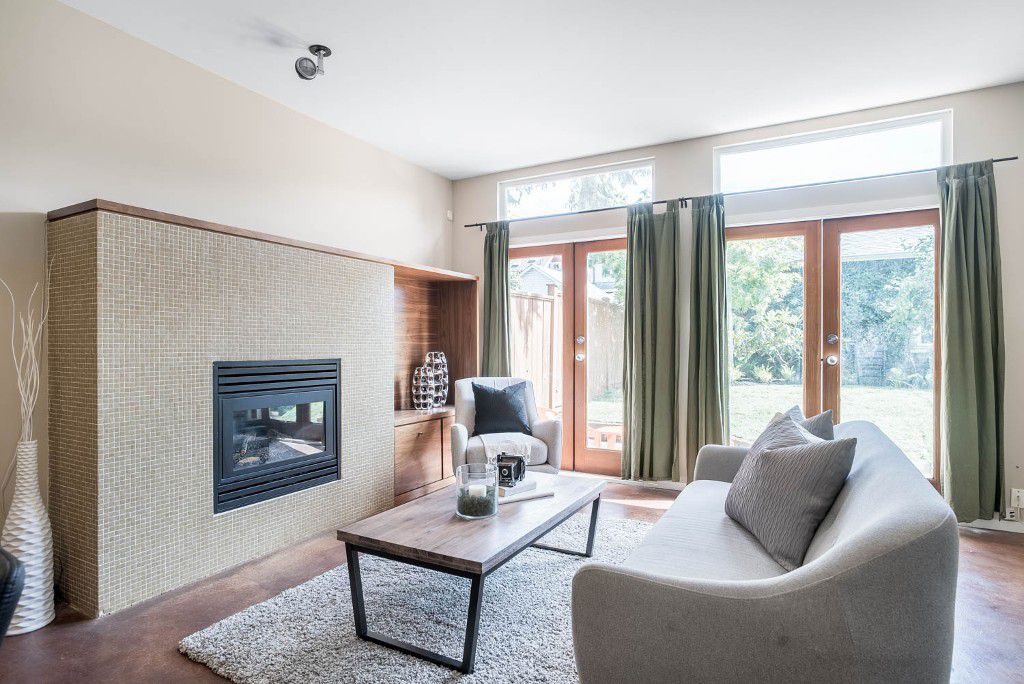 Main Photo: 1752 WILLIAM Street in Vancouver: Grandview VE House 1/2 Duplex for sale (Vancouver East)  : MLS®# R2082146