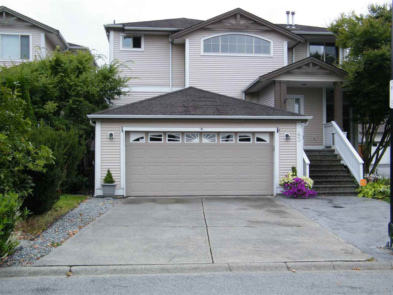 """Main Photo: 43 8675 209 Street in Langley: Walnut Grove House for sale in """"Sycamores"""" : MLS®# R2100072"""