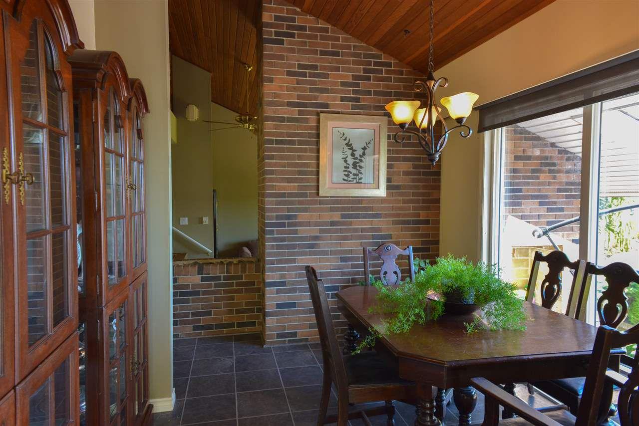 Photo 2: Photos: 5473 WAKEFIELD Road in Sechelt: Sechelt District House for sale (Sunshine Coast)  : MLS®# R2103493