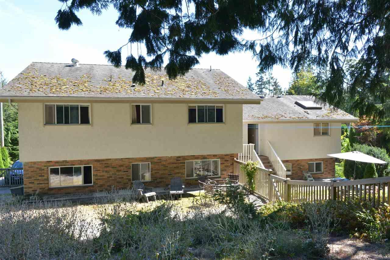 Photo 19: Photos: 5473 WAKEFIELD Road in Sechelt: Sechelt District House for sale (Sunshine Coast)  : MLS®# R2103493