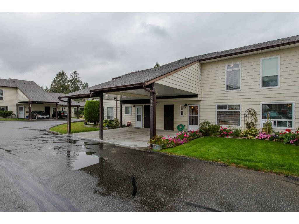 "Main Photo: 144 2844 273 Street in Langley: Aldergrove Langley Townhouse for sale in ""Chelsea Court"" : MLS®# R2111367"