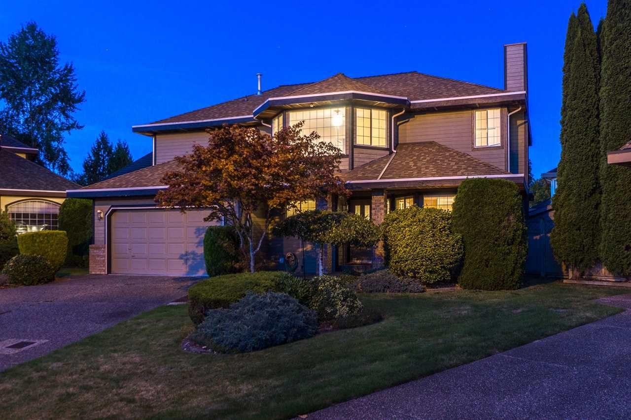 """Main Photo: 16393 MIDDLEGLEN Close in Surrey: Fraser Heights House for sale in """"Fraser Heights-Fraser Glen Neig"""" (North Surrey)  : MLS®# R2123831"""