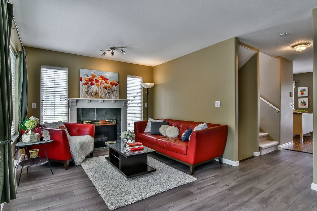 "Main Photo: 56 8930 WALNUT GROVE Drive in Langley: Walnut Grove Townhouse for sale in ""Highland Ridge"" : MLS®# R2167398"