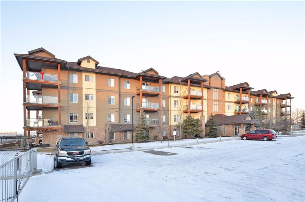 4211, 92 Crystal Shores Rd, Condo For Sale in Okotoks Meagen Mackenzie, Real Estate Professionals Inc. 403.818.1609