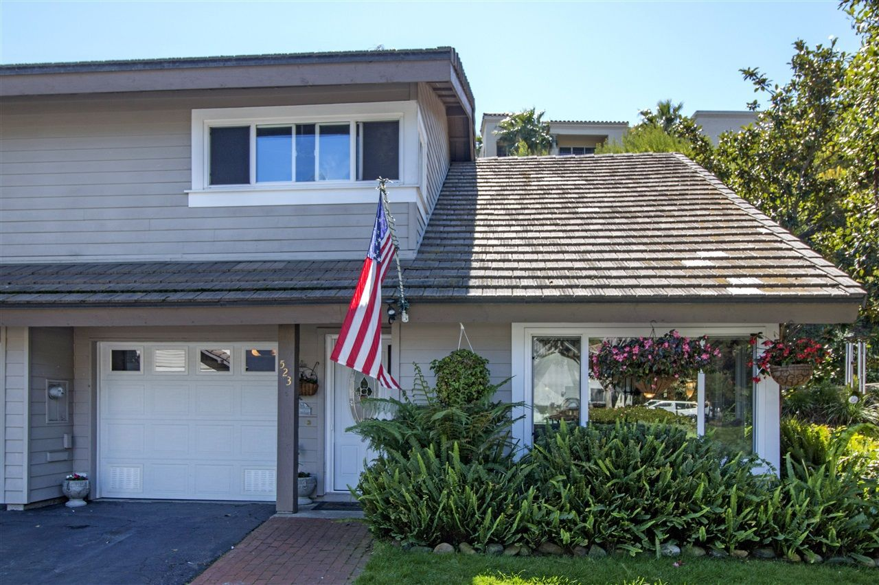 Main Photo: SOLANA BEACH Townhome for sale : 3 bedrooms : 523 Turfwood Lane