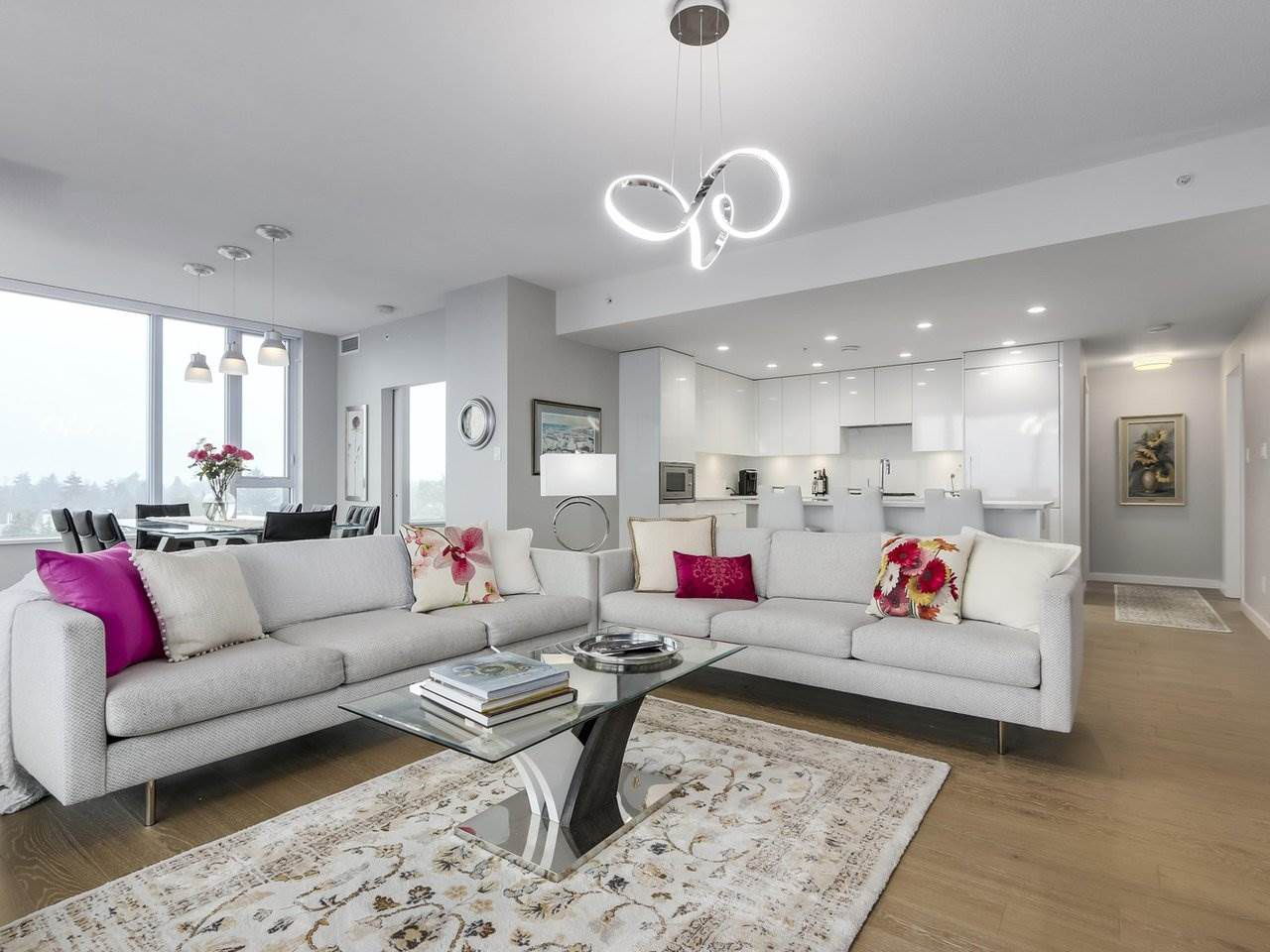 """Main Photo: 910 2888 CAMBIE Street in Vancouver: Fairview VW Condo for sale in """"The Spot"""" (Vancouver West)  : MLS®# R2343734"""