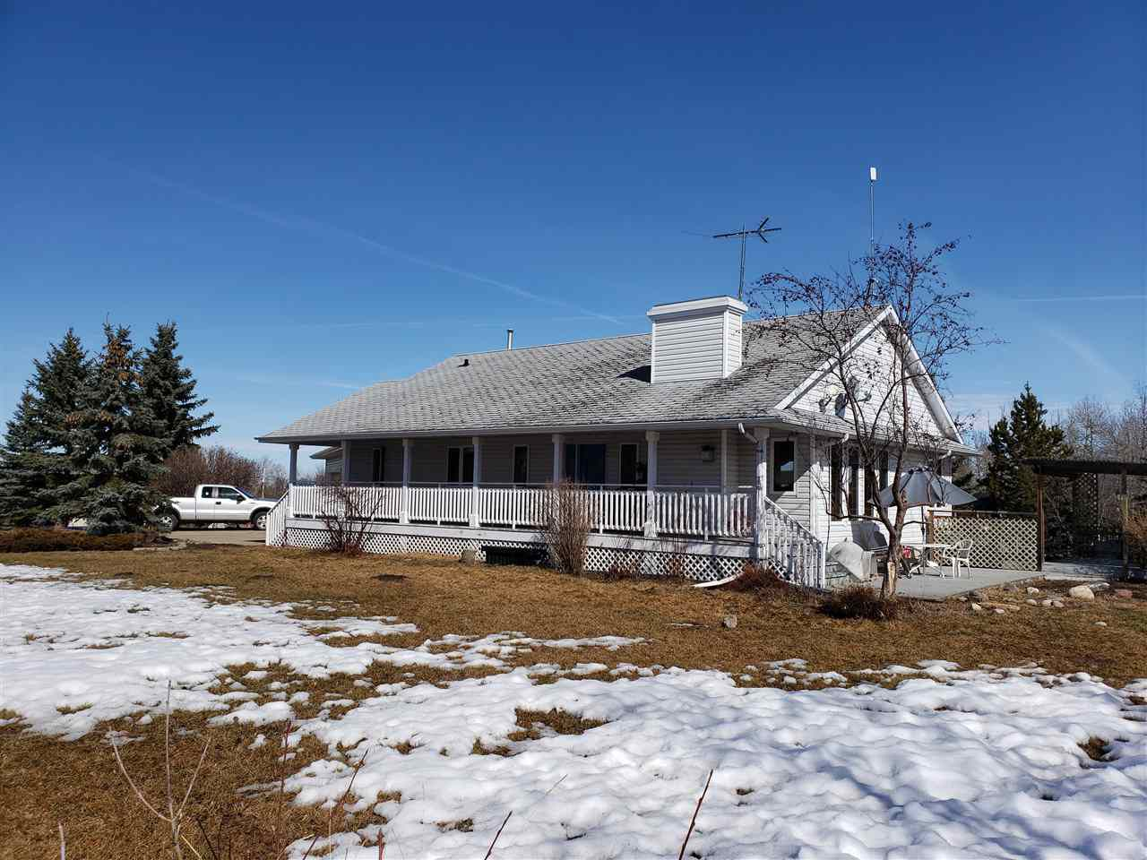Main Photo: 54315 RANGE ROAD 280: Rural Sturgeon County House for sale : MLS®# E4149335
