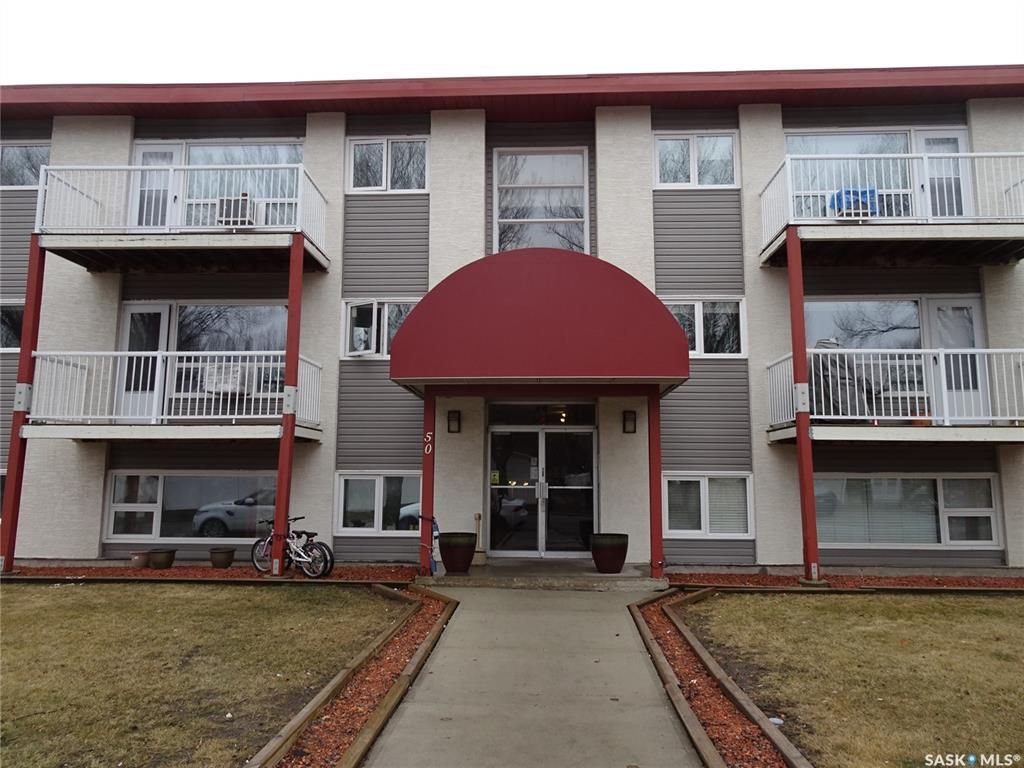 Main Photo: 2 50 Spence Street in Regina: Hillsdale Residential for sale : MLS®# SK766265