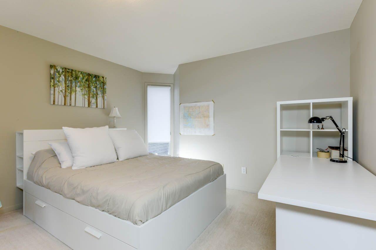 Photo 22: Photos: 827 WHEELER Road W in Edmonton: Zone 22 House for sale : MLS®# E4151881