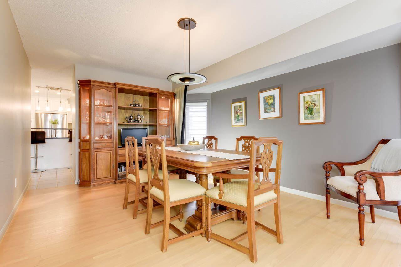 Photo 8: Photos: 827 WHEELER Road W in Edmonton: Zone 22 House for sale : MLS®# E4151881