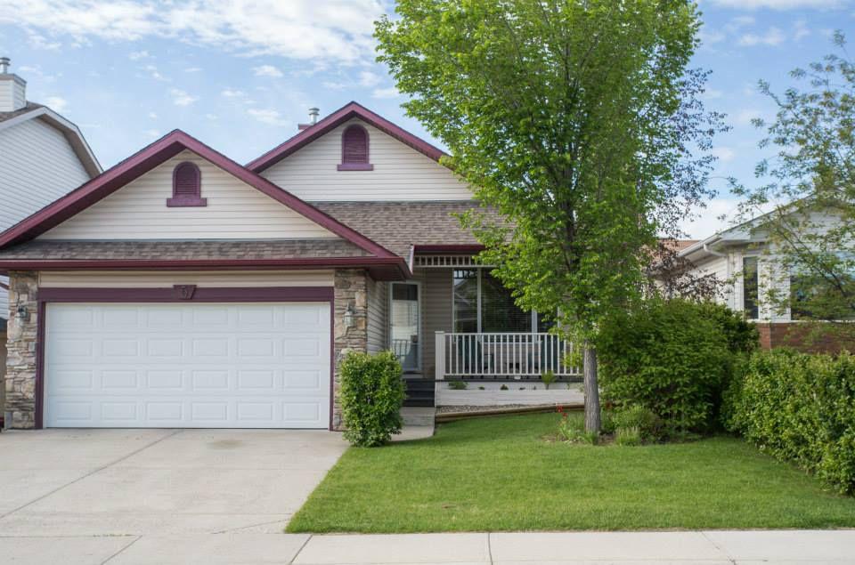 SOLD Property at 5 Westfall CR, Okotoks, Alberta. Okotoks Real Estate