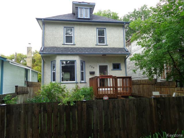 Main Photo: 709 Goulding Street in WINNIPEG: West End / Wolseley Residential for sale (West Winnipeg)  : MLS®# 1422590