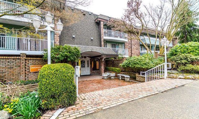 """Main Photo: 213 3875 W 4TH Avenue in Vancouver: Point Grey Condo for sale in """"Landmark Jericho"""" (Vancouver West)  : MLS®# R2161267"""