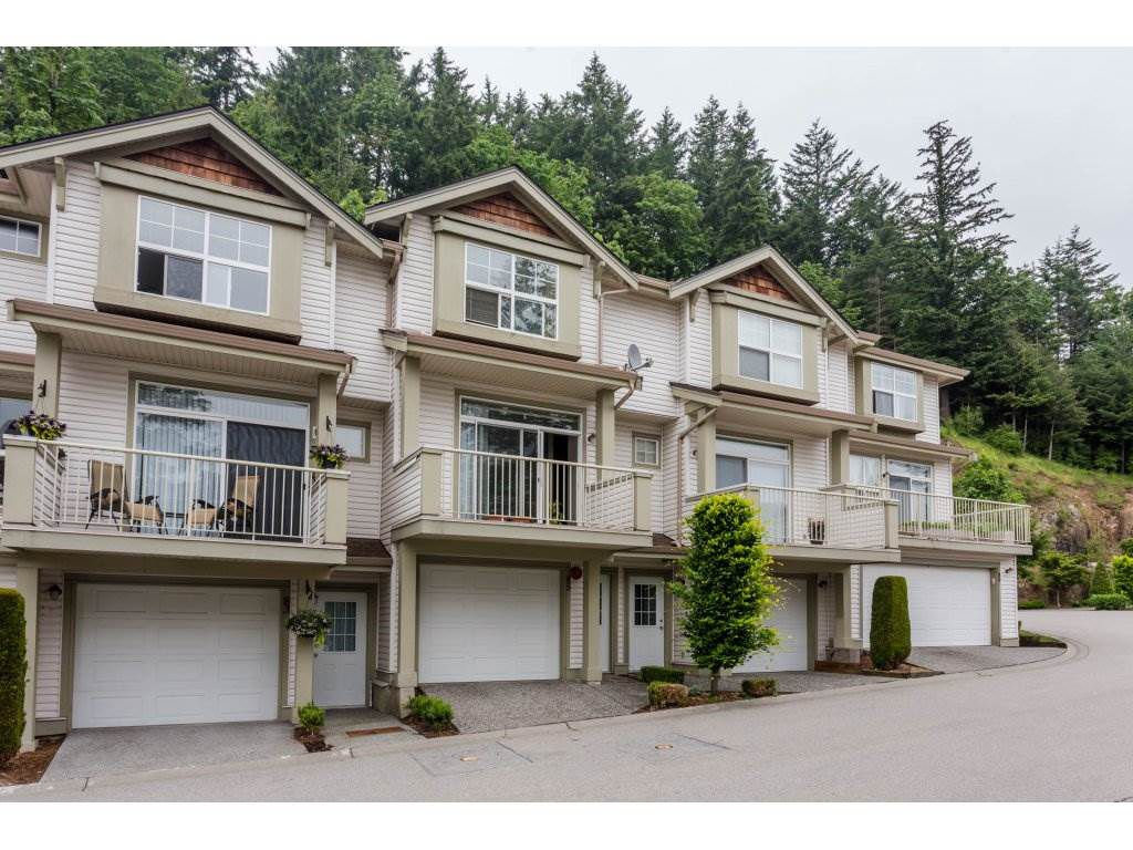 """Main Photo: 85 35287 OLD YALE Road in Abbotsford: Abbotsford East Townhouse for sale in """"The Falls"""" : MLS®# R2171807"""