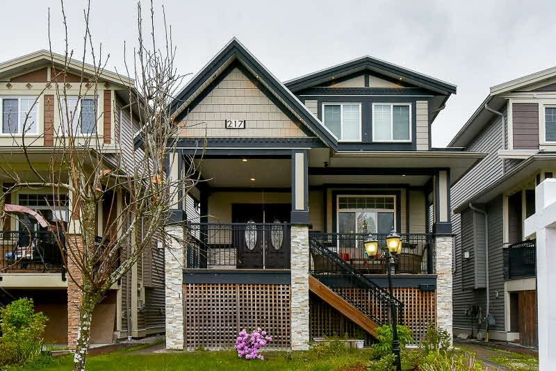 Main Photo: 217 PHILLIPS Street in New Westminster: Queensborough House for sale : MLS®# R2203874