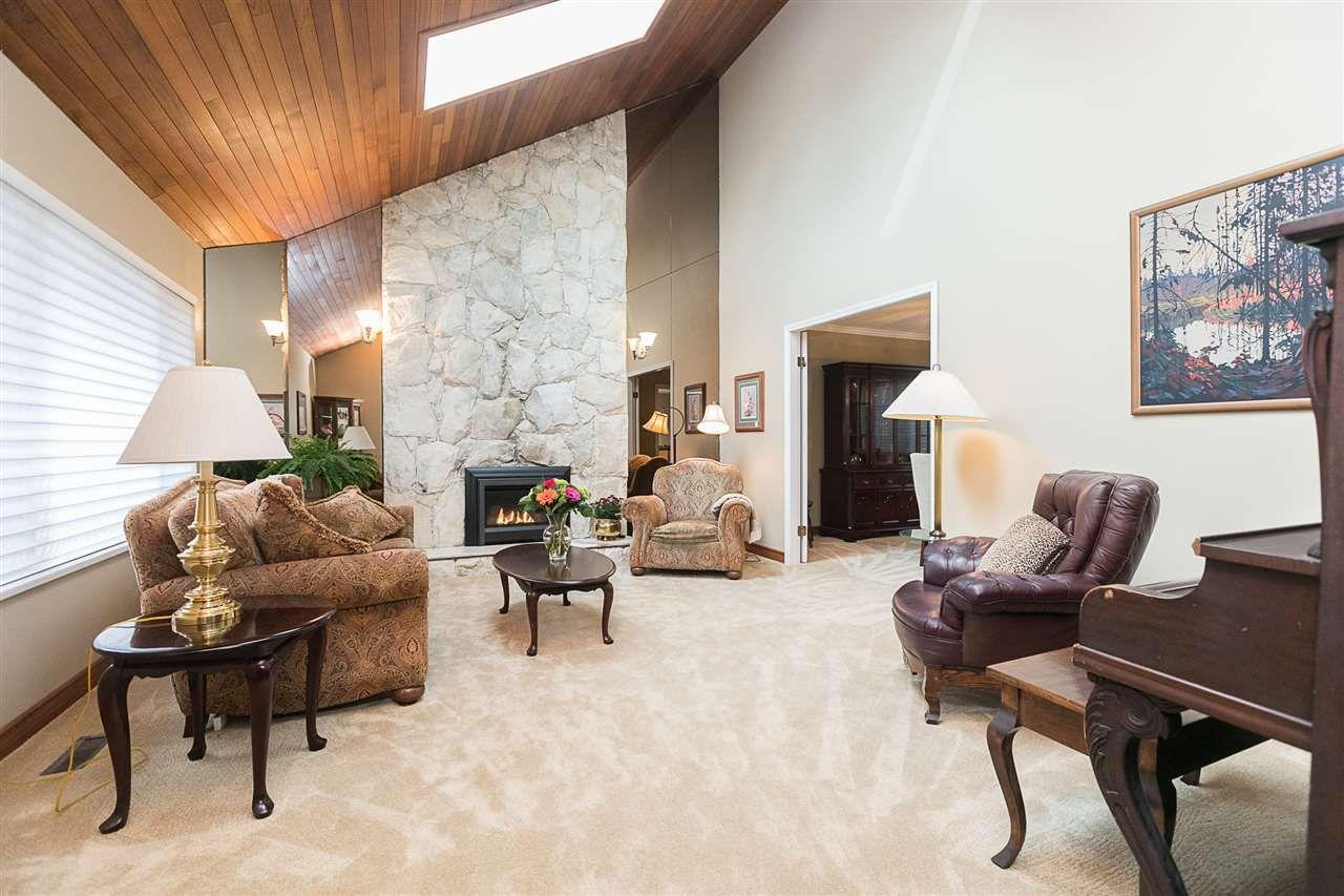 """Main Photo: 6888 BOWER Court in Delta: Sunshine Hills Woods House for sale in """"Sunshine Hills"""" (N. Delta)  : MLS®# R2224121"""