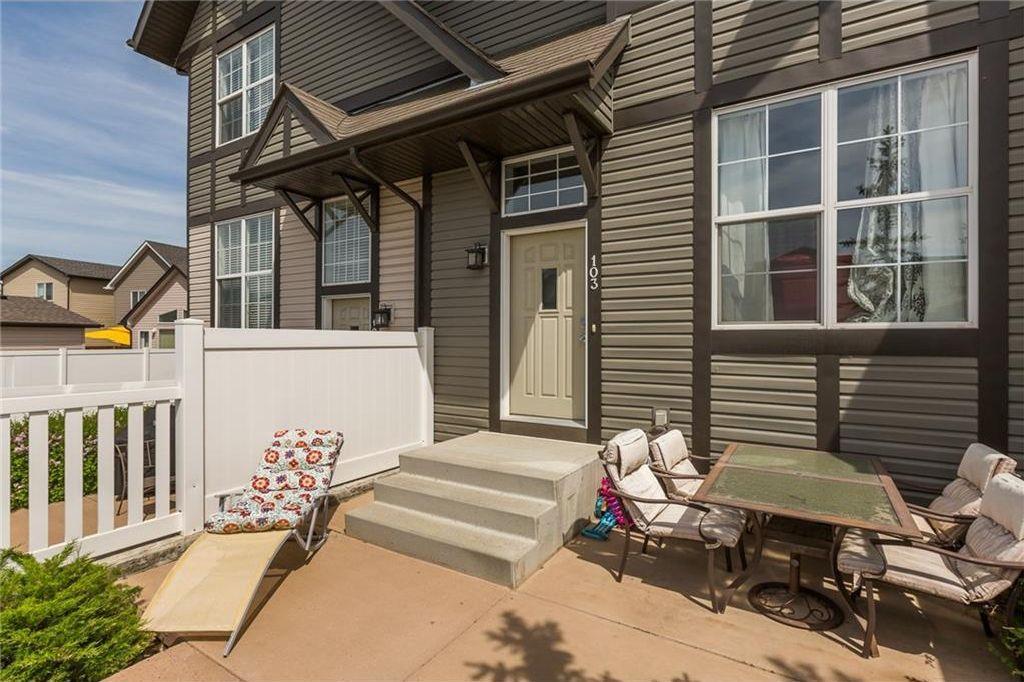 Main Photo: 103 NEW BRIGHTON Villa(s) SE in Calgary: New Brighton House for sale : MLS®# C4162819