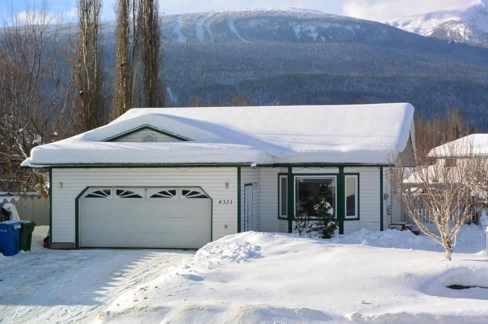 """Main Photo: 4321 REISETER Avenue in Smithers: Smithers - Town House for sale in """"Silver King"""" (Smithers And Area (Zone 54))  : MLS®# R2240093"""