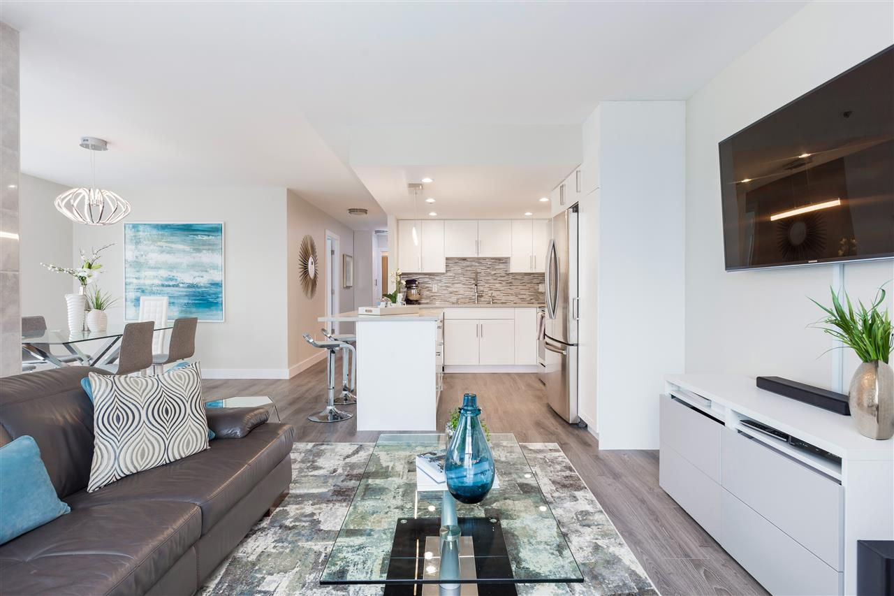 """Main Photo: 801 1255 MAIN Street in Vancouver: Mount Pleasant VE Condo for sale in """"STATION PLACE"""" (Vancouver East)  : MLS®# R2260361"""