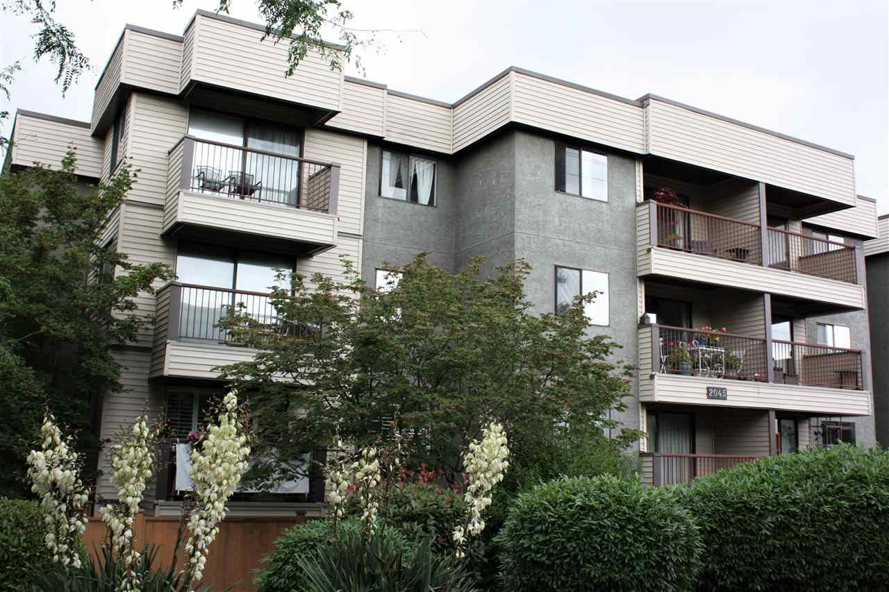 Main Photo: 306 2045 FRANKLIN Street in Vancouver: Hastings Condo for sale (Vancouver East)  : MLS®# R2286032