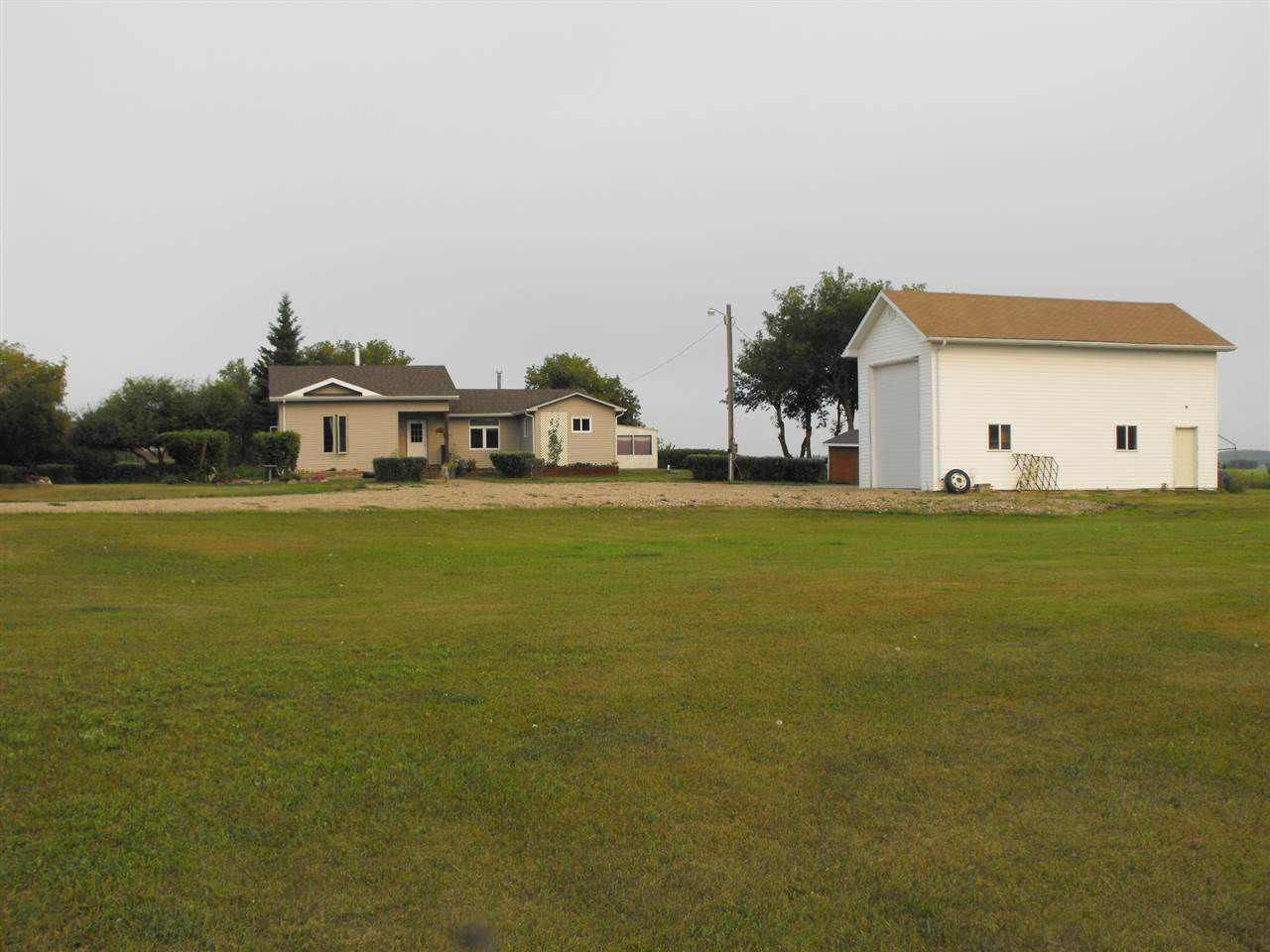 Main Photo: 5115 TWP Rd 563: Rural St. Paul County House for sale : MLS®# E4125229