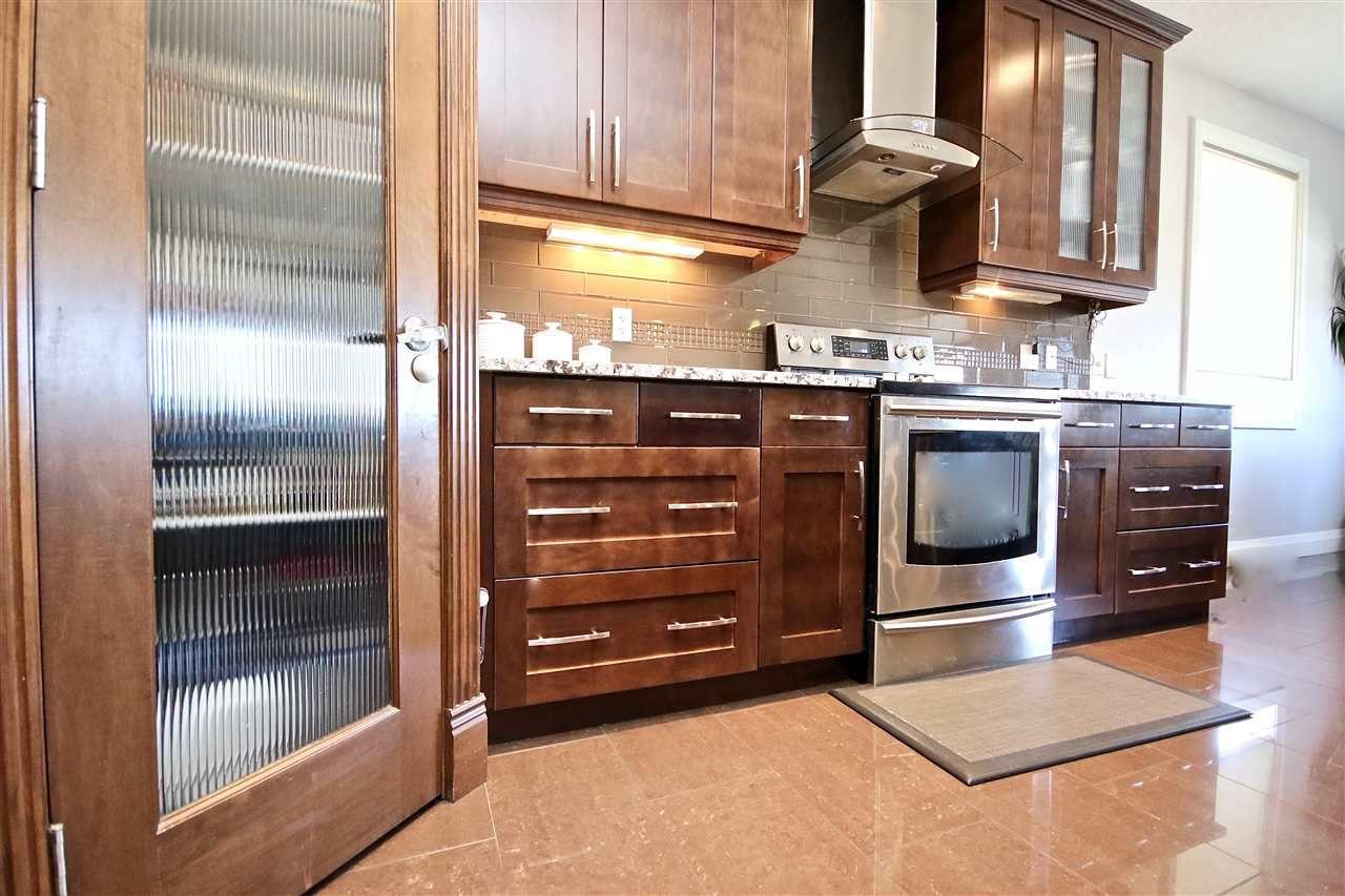 Photo 2: Photos: 72 WALTERS Place: Leduc House for sale : MLS®# E4143569