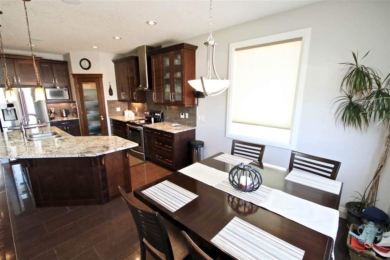 Photo 4: Photos: 72 WALTERS Place: Leduc House for sale : MLS®# E4143569