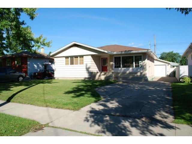Main Photo: 617 Vimy Road in WINNIPEG: Westwood / Crestview Residential for sale (West Winnipeg)  : MLS®# 1109862