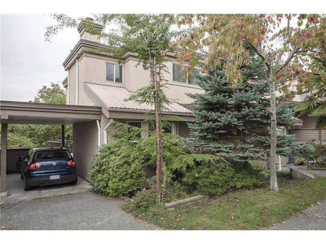 """Main Photo: 1533 BEWICKE Avenue in North Vancouver: Hamilton Townhouse for sale in """"HAMILTON"""" : MLS®# V1089591"""