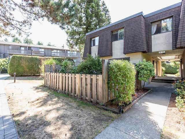 """Main Photo: 901 OLD LILLOOET Road in North Vancouver: Lynnmour Townhouse for sale in """"LYNNMOUR VILLAGE"""" : MLS®# V1136863"""