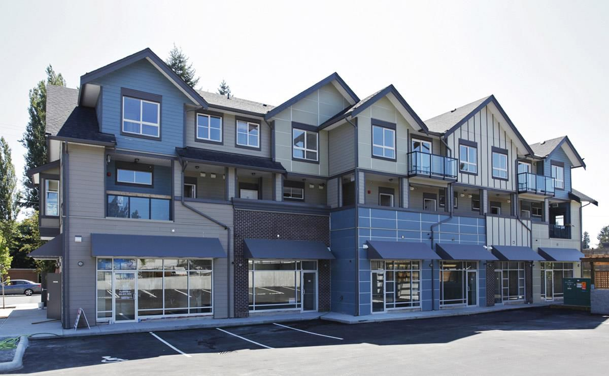 """Main Photo: 232 32095 HILLCREST Avenue in Abbotsford: Abbotsford West Townhouse for sale in """"Cedar Park Plaza"""" : MLS®# R2022361"""