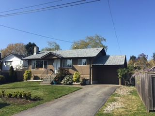 """Main Photo: 14263 PARK Avenue: White Rock House for sale in """"West White Rock"""" (South Surrey White Rock)  : MLS®# R2055995"""