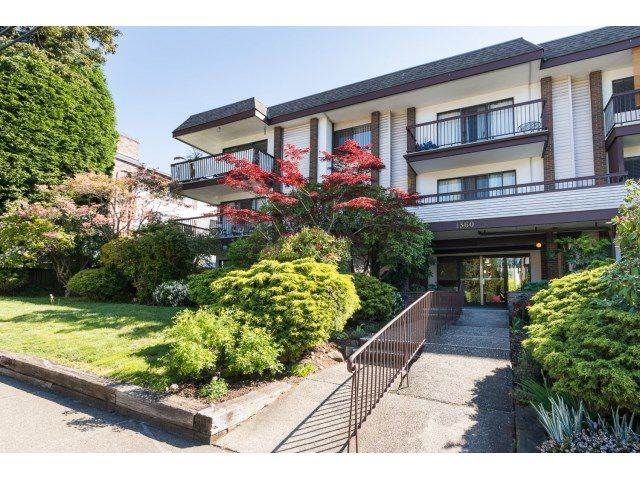 "Main Photo: 302 1360 MARTIN Street: White Rock Condo for sale in ""WEST WINDS"" (South Surrey White Rock)  : MLS®# R2060632"