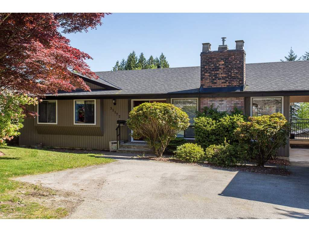 Main Photo: 32172 BUFFALO Drive in Mission: Mission BC House for sale : MLS®# R2171183