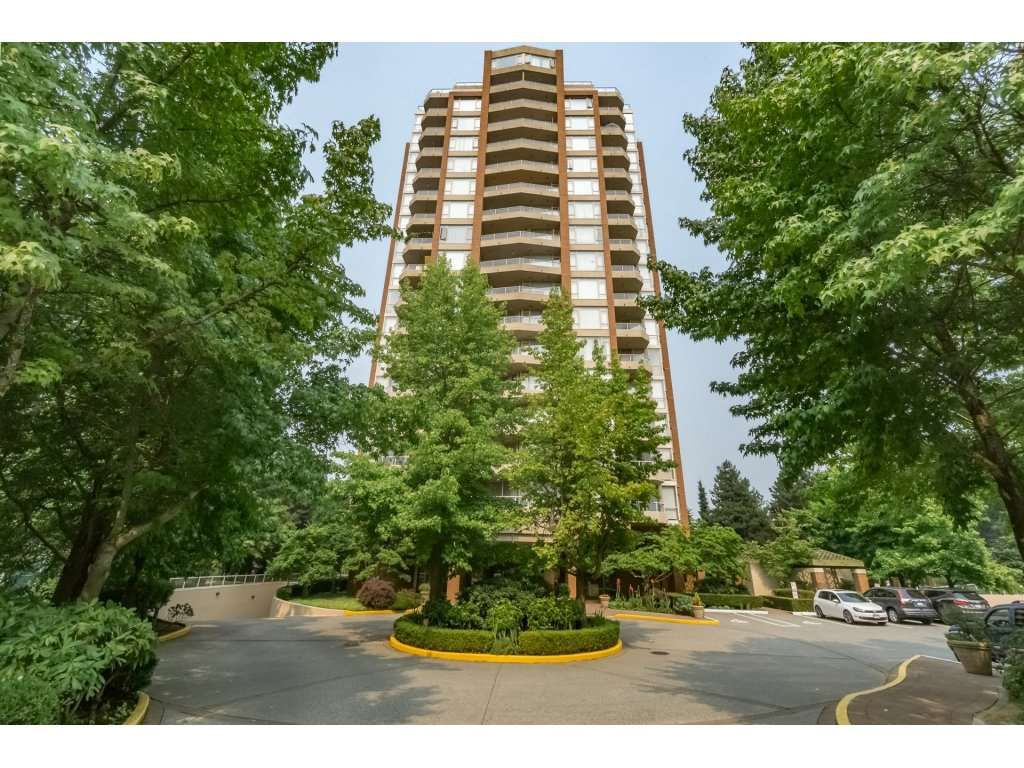 """Main Photo: 805 4657 HAZEL Street in Burnaby: Forest Glen BS Condo for sale in """"THE LEXINGTON"""" (Burnaby South)  : MLS®# R2195713"""