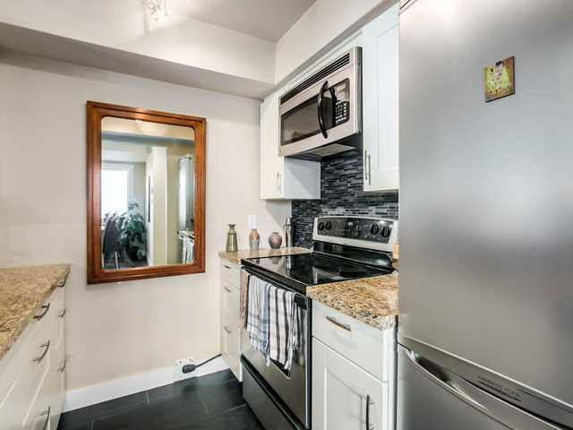 """Main Photo: 206 1265 W 11TH AVENUE in Vancouver: Fairview VW Condo for sale in """"BENTLEY PLACE"""" (Vancouver West)  : MLS®# V1143355"""
