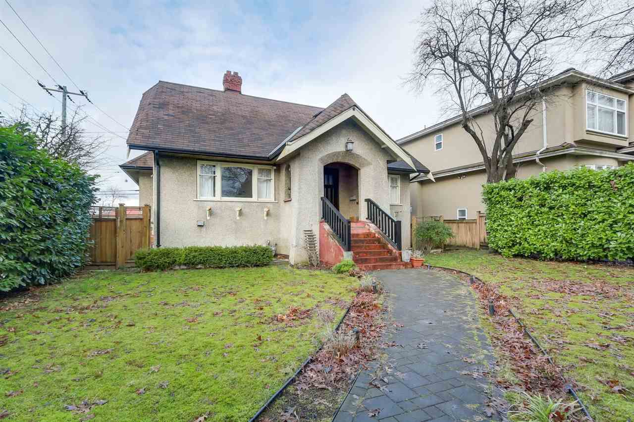 Main Photo: 3505 E 22ND Avenue in Vancouver: Renfrew Heights House for sale (Vancouver East)  : MLS®# R2238061