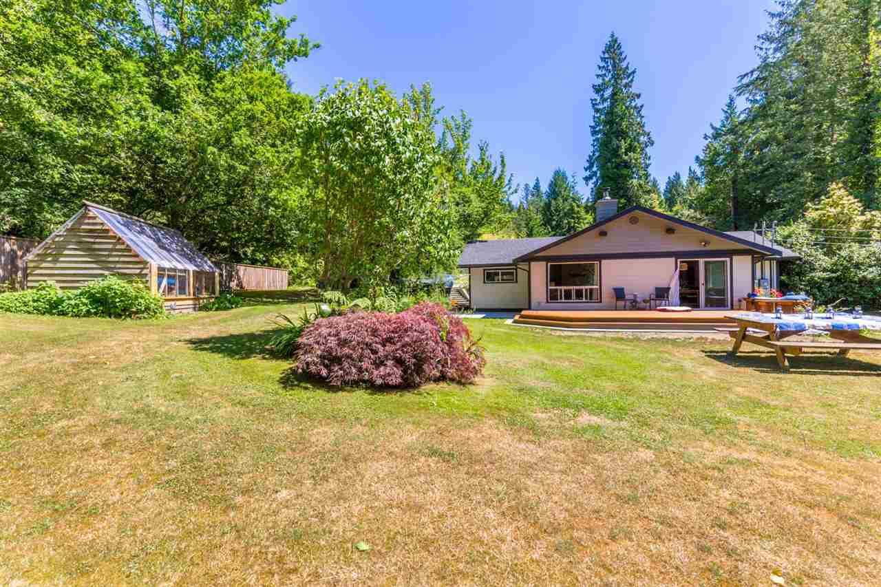 Photo 2: Photos: 2540 SUNSHINE COAST Highway: Roberts Creek House for sale (Sunshine Coast)  : MLS®# R2243602