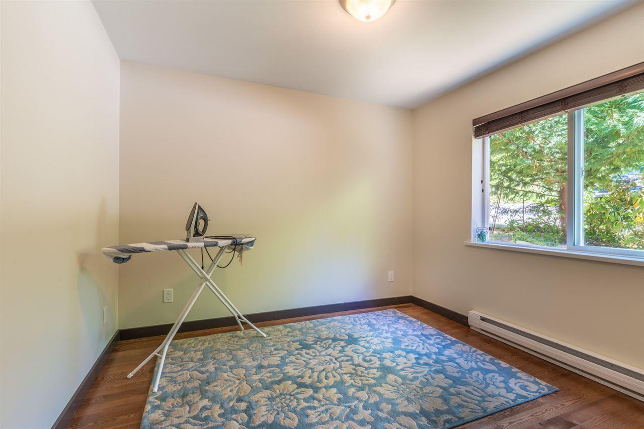 Photo 15: Photos: 2540 SUNSHINE COAST Highway: Roberts Creek House for sale (Sunshine Coast)  : MLS®# R2243602