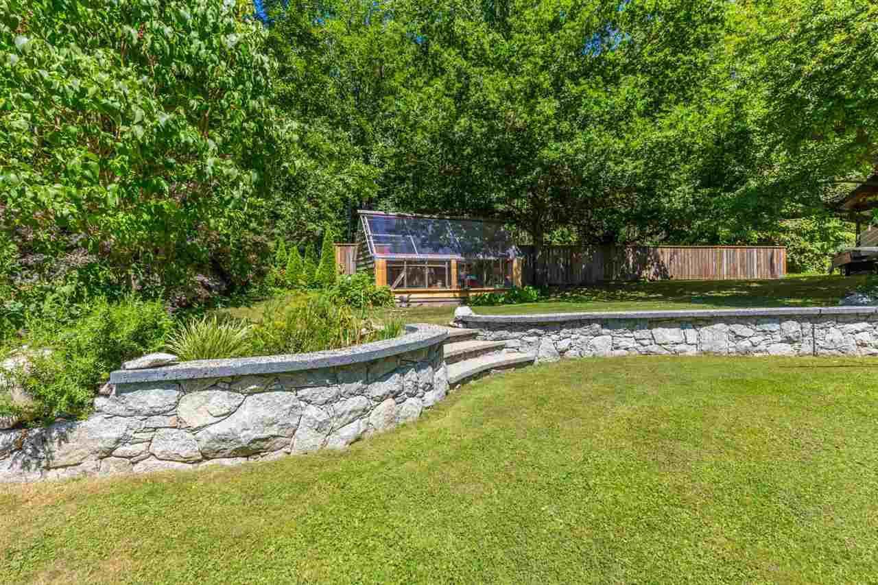 Photo 20: Photos: 2540 SUNSHINE COAST Highway: Roberts Creek House for sale (Sunshine Coast)  : MLS®# R2243602
