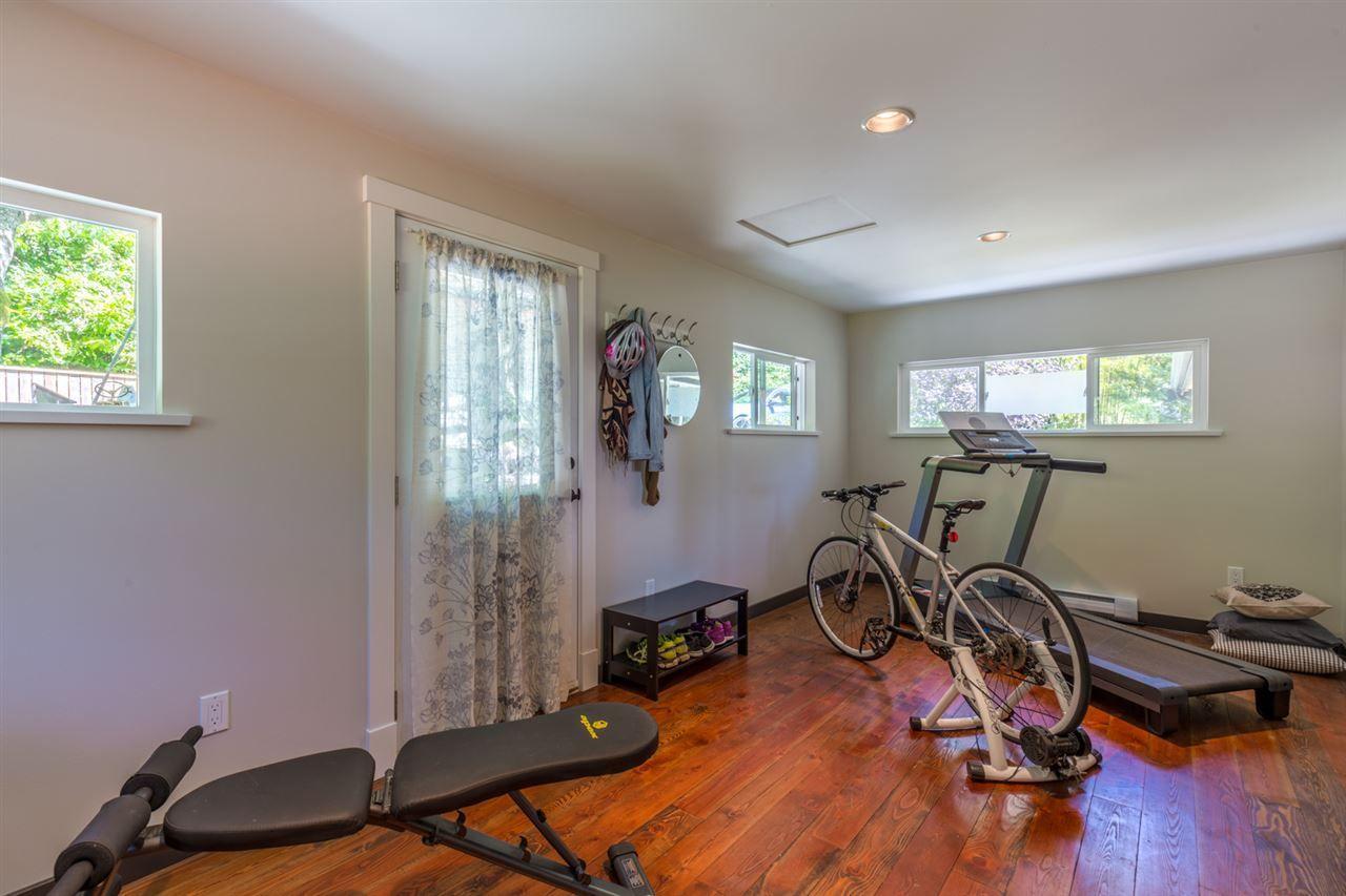 Photo 8: Photos: 2540 SUNSHINE COAST Highway: Roberts Creek House for sale (Sunshine Coast)  : MLS®# R2243602