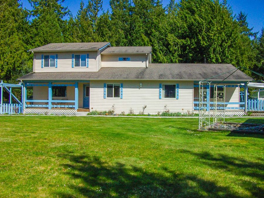 Main Photo: 1469 Edwin Road in Qualicum Beach: House for sale : MLS®# 408155