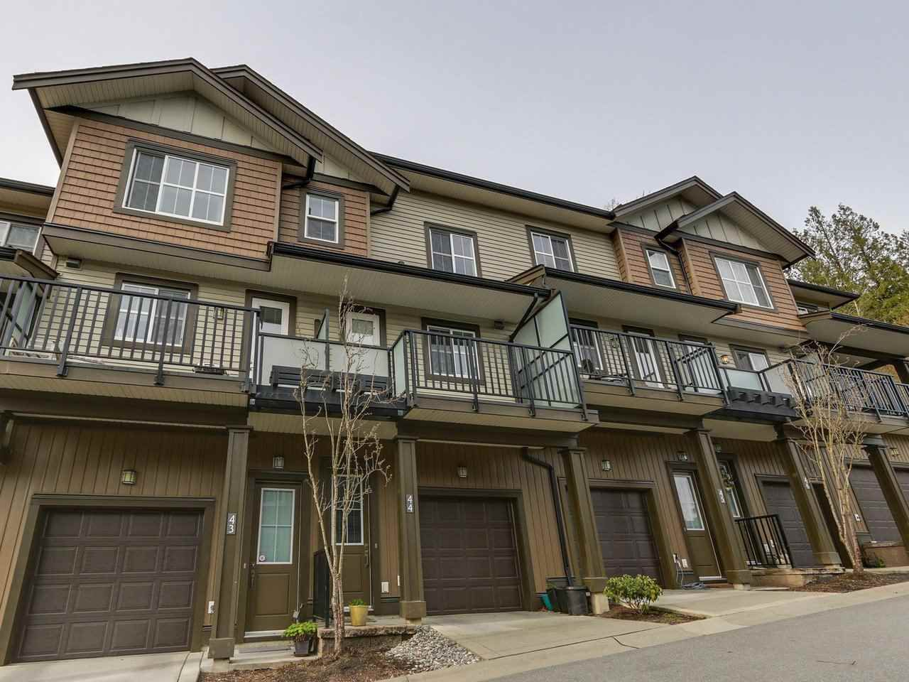 Main Photo: 43 11176 GILKER HILL ROAD in Maple Ridge: Cottonwood MR Townhouse for sale : MLS®# R2255593