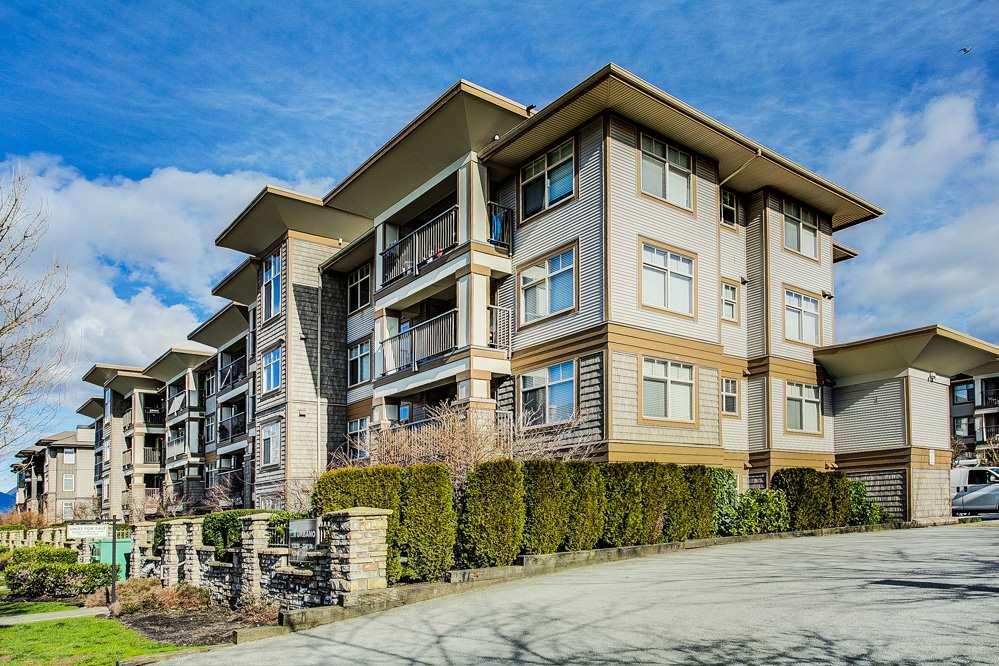 "Main Photo: 427 12248 224 Street in Maple Ridge: East Central Condo for sale in ""URBANO"" : MLS®# R2262541"