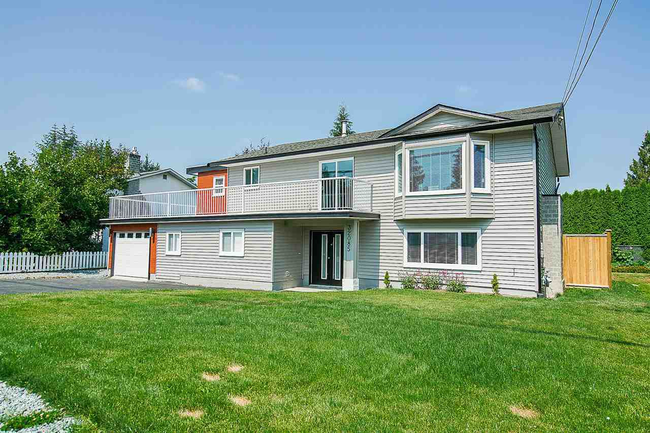 Main Photo: 32085 HOLIDAY Avenue in Mission: Mission BC House for sale : MLS®# R2296765