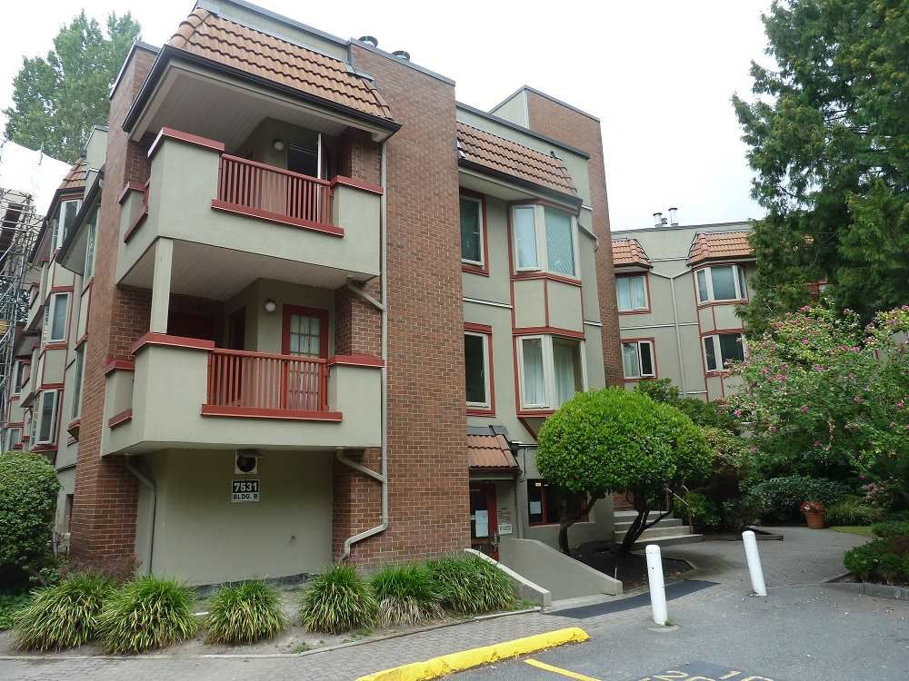 "Main Photo: 118 7531 MINORU Boulevard in Richmond: Brighouse South Condo for sale in ""Cypress Point"" : MLS®# R2299714"