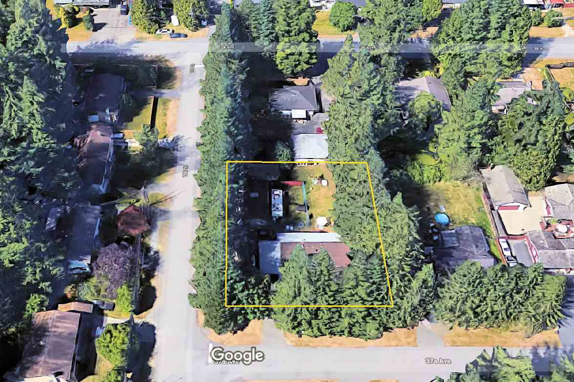 Main Photo: 19811 37A Avenue in Langley: Brookswood Langley Manufactured Home for sale : MLS®# R2341059