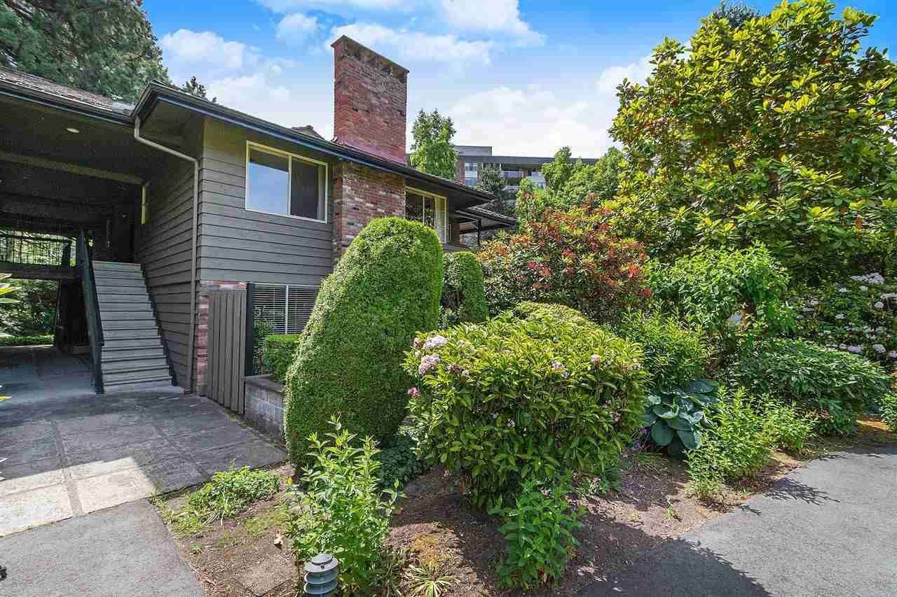 "Main Photo: 211 235 KEITH Road in West Vancouver: Cedardale Condo for sale in ""Spuraway Gardens"" : MLS®# R2380605"