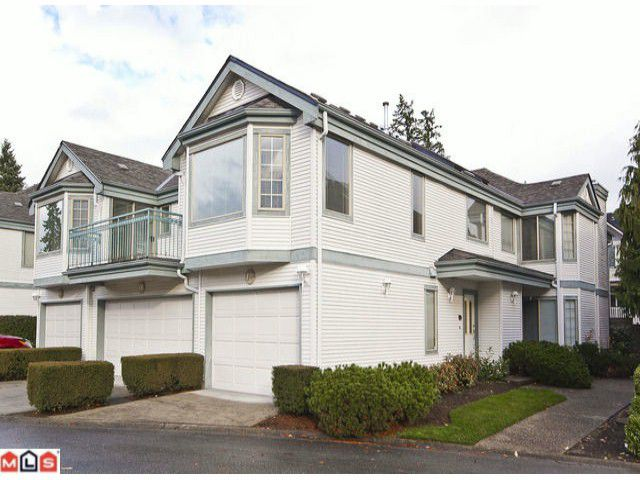 """Main Photo: 17 15840 84TH Avenue in Surrey: Fleetwood Tynehead Townhouse for sale in """"FLEETWOOD GABLES"""" : MLS®# F1127642"""