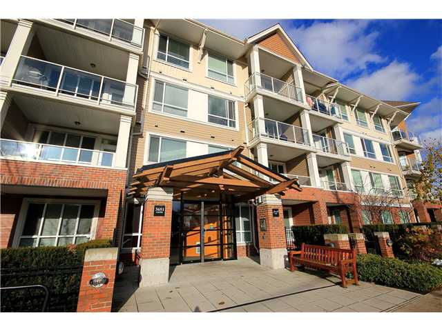 "Main Photo: 310 3651 FOSTER Avenue in Vancouver: Collingwood VE Condo for sale in ""FINALE"" (Vancouver East)  : MLS®# V921205"